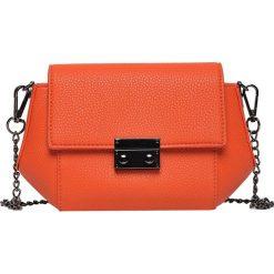 fdeac46c8e43a MAŁA TOREBKA W SOCZYSTEJ POMARAŃCZY. Pomarańczowe torebki klasyczne damskie  marki Top Secret, małe.