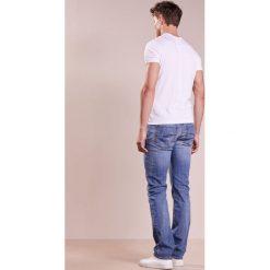 Baldessarini JACK Jeansy Straight Leg hellblau. Niebieskie jeansy męskie marki Baldessarini. W wyprzedaży za 535,20 zł.