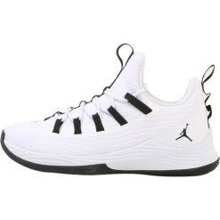Buty skate męskie: Jordan ULTRA FLY 2 LOW Obuwie do koszykówki white/black/white