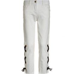 Jeansy dziewczęce: Patrizia Pepe Jeansy Slim Fit milk white