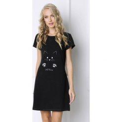Koszula nocna Cat Woman. Szare koszule nocne i halki Astratex, z haftami, z dzianiny. Za 98,99 zł.