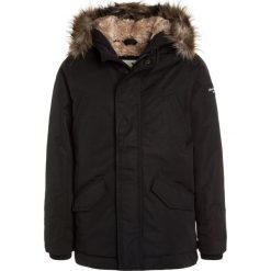 Abercrombie & Fitch CORE Płaszcz zimowy black. Czarne kurtki chłopięce zimowe Abercrombie & Fitch, z materiału. W wyprzedaży za 471,20 zł.