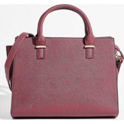 Torba typu City Bag - Bordowy. Czerwone torebki klasyczne damskie Sinsay. Za 79,99 zł.