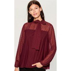 Koszula z tkaniny plumeti - Bordowy. Czerwone koszule damskie marki Mohito, l, z tkaniny. Za 89,99 zł.