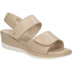 SANDAŁY CAPRICE 9-28700-26. Brązowe sandały damskie Caprice. Za 179,99 zł.