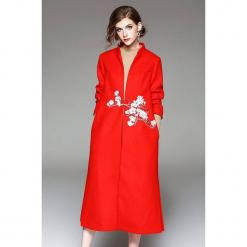 Płaszcz w kolorze czerwonym. Czerwone płaszcze damskie marki Zeraco. W wyprzedaży za 349,95 zł.