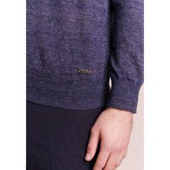 Swetry klasyczne męskie: BOSS CASUAL KWASIROL Sweter dark blue