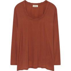 Koszulka w kolorze brązowym. Brązowe bluzki nietoperze American Vintage, s, z okrągłym kołnierzem, z długim rękawem. W wyprzedaży za 142,95 zł.