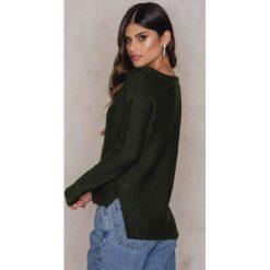 Rut&Circle Sweter Adelita - Green. Zielone swetry klasyczne męskie marki Rut&Circle, z dzianiny, z okrągłym kołnierzem. W wyprzedaży za 33,29 zł.