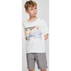 Odzież chłopięca: Mango Kids – T-shirt dziecięcy Pics 110-164 cm