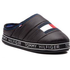Kapcie TOMMY HILFIGER - Flag Patch Downslipper FM0FM02004 Black 990. Czarne kapcie męskie TOMMY HILFIGER, z materiału. Za 229,00 zł.