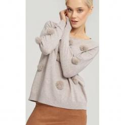 Jasnobeżowy Sweter Appoint Somebody. Brązowe swetry klasyczne damskie other, na jesień, uniwersalny. Za 54,99 zł.