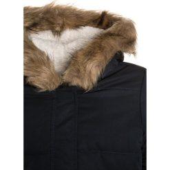 Roxy EVERGREEN TREE Kurtka zimowa anthracite. Szare kurtki chłopięce zimowe marki Roxy, z materiału. W wyprzedaży za 319,20 zł.