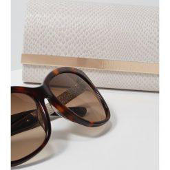 Jimmy Choo CORA Okulary przeciwsłoneczne brown. Brązowe okulary przeciwsłoneczne damskie aviatory Jimmy Choo. W wyprzedaży za 974,25 zł.