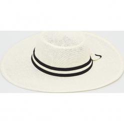 Answear - Kapelusz. Szare kapelusze damskie ANSWEAR. Za 59,90 zł.