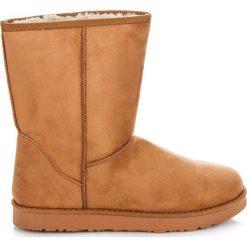 Śniegowce mukluki Estella. Białe buty zimowe damskie marki KYLIE. Za 79,90 zł.