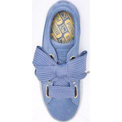 Puma - Buty Suede Heart Celebrate Wn's. Niebieskie buty sportowe damskie marki Puma, z materiału. W wyprzedaży za 299,90 zł.