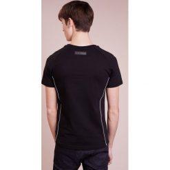 Plein Sport ROUND NECK LIONEL Tshirt z nadrukiem black/white. Czarne koszulki polo marki Plein Sport, m, z nadrukiem, z bawełny. W wyprzedaży za 401,40 zł.