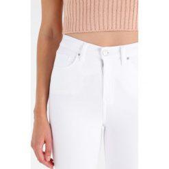 Topshop Tall JAMIE Jeans Skinny Fit white. Białe boyfriendy damskie Topshop Tall. Za 229,00 zł.