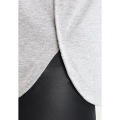 Adidas by Stella McCartney ESSENTIAL LOGO Koszulka sportowa grey. Szare t-shirty damskie adidas by Stella McCartney, xs, z bawełny. W wyprzedaży za 183,20 zł.