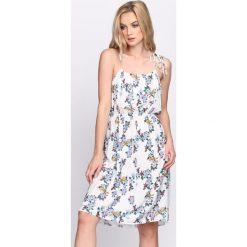 Sukienki: Biała Sukienka Stellar Garden