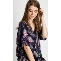 Tuniki damskie eleganckie: Wiskozowa tunika z dekoltem w serek BIALCON