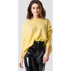 NA-KD Luźny melanżowy sweter z dzianiny - Yellow. Żółte swetry oversize damskie NA-KD, z dzianiny. Za 121,95 zł.