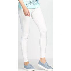 Spodnie damskie: Białe Spodnie Love Is Calling