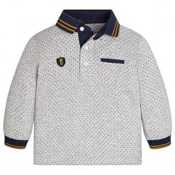 Koszulka polo w kolorze szaro-granatowym. Niebieskie t-shirty chłopięce marki Mayoral, z aplikacjami. W wyprzedaży za 57,95 zł.