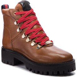 Trapery STEVE MADDEN - Boomer Ankle Boot SM11000245-03001-247 Cognac Leather. Brązowe buty zimowe damskie marki Steve Madden, z materiału. W wyprzedaży za 439,00 zł.