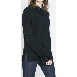 Vero Moda - Sweter. Czarne swetry klasyczne damskie marki Vero Moda, l, z dzianiny, z okrągłym kołnierzem. W wyprzedaży za 69,90 zł.