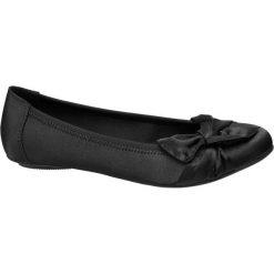 Baleriny damskie Graceland czarne. Czarne baleriny damskie z kokardą marki Graceland, w kolorowe wzory, z materiału. Za 79,90 zł.