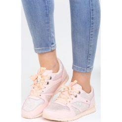 Różowe Buty Sportowe Frame. Czerwone buty sportowe damskie marki KALENJI, z gumy. Za 99,99 zł.