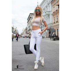 Spodnie damskie: Spodnie dresowe z podwyższonym stanem białe