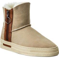 Buty GANT - Maria 15548147  Dry Sand G22. Brązowe buty zimowe damskie GANT, ze skóry. W wyprzedaży za 409,00 zł.