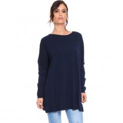 """Sweter """"Odile"""" w kolorze granatowym. Niebieskie swetry klasyczne damskie marki Cosy Winter, s, z okrągłym kołnierzem. W wyprzedaży za 181,95 zł."""