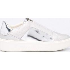 Geox - Buty. Szare buty sportowe damskie marki Geox, z materiału. W wyprzedaży za 319,90 zł.