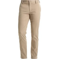 Chinosy męskie: DOCKERS CLEAN  Chinosy taupe