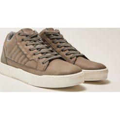 Buty skate męskie: Sportowe buty na grubej podeszwie - Brązowy