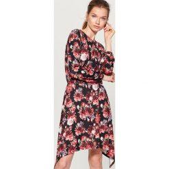 Sukienka w kwiaty - Czarny. Białe sukienki marki Reserved, l, z gorsetem, gorsetowe. Za 149,99 zł.