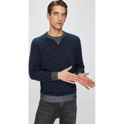 Pepe Jeans - Sweter. Szare swetry klasyczne męskie Pepe Jeans, l, z bawełny, z okrągłym kołnierzem. W wyprzedaży za 239,90 zł.