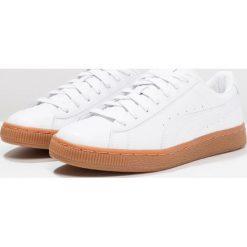 Puma BASKET CLASSIC OR Tenisówki i Trampki white/silver. Białe tenisówki męskie Puma, z materiału. W wyprzedaży za 199,50 zł.