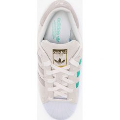 Adidas Originals - Buty Superstar W. Brązowe buty sportowe damskie marki adidas Originals, z bawełny. W wyprzedaży za 319,90 zł.