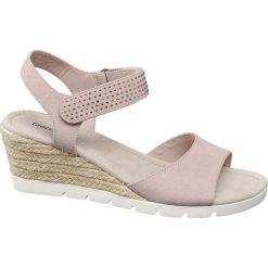 Sandały damskie na koturnie Graceland różowe. Czarne sandały damskie marki Graceland, w kolorowe wzory, z materiału. Za 89,90 zł.