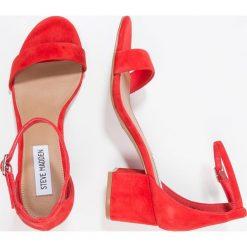Steve Madden IRENEE Sandały red. Czerwone sandały damskie Steve Madden, z materiału. Za 379,00 zł.