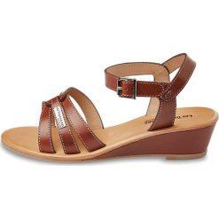 Rzymianki damskie: Sandały skórzane na koturnie