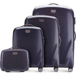 Zestaw walizek 56-3P-57K-90. Niebieskie walizki marki Wittchen, w paski, z gumy, duże. Za 1168,08 zł.