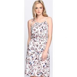 Sukienki: Biała Sukienka About In Time