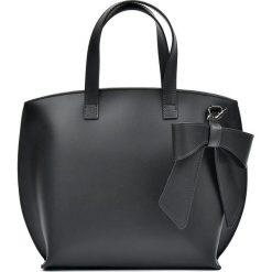 Torebki klasyczne damskie: Skórzana torebka w kolorze czarnym – 26,5 x 40 x 13,5 cm
