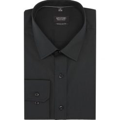 Koszula versone cod4 długi rękaw regular fit czarny. Czarne koszule męskie na spinki Recman, na lato, m, z aplikacjami, z bawełny, z klasycznym kołnierzykiem, z długim rękawem. Za 99,00 zł.